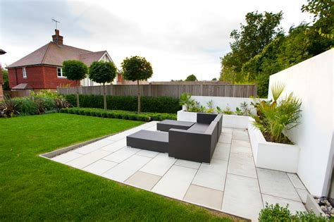 outdoor seating area garden seating area kent millhouse landscapes