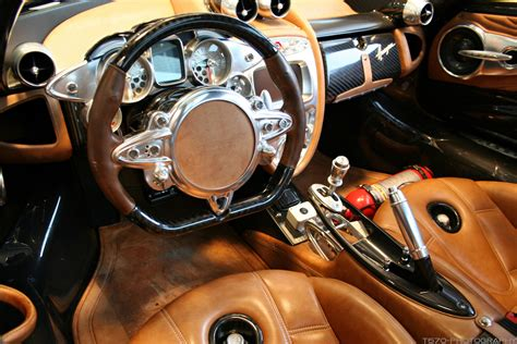 pagani interior dashboard pagani zonda r interior only for cars
