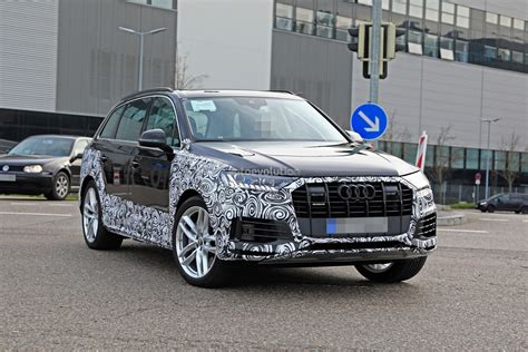 Audi Q7 2020 Facelift by 2020 Audi Q7 Facelift Spied Features Dual Screen