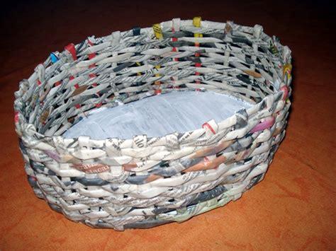 Como Hacer Cestas De Papel De Periodico   como hacer cestas de periodico imagui