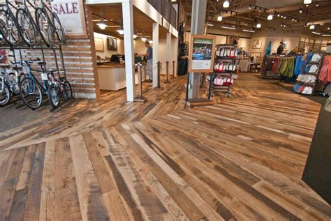 photo 11066 trailblazer mixed hardwood skip planed floor retail store
