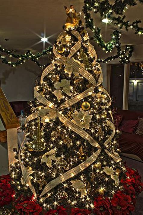 pretty decorated christmas trees 22 wonderful tree ideas home design and interior