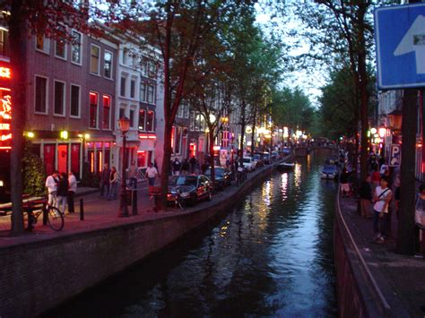 amsterdam red light district photos list of red light districts wikipedia