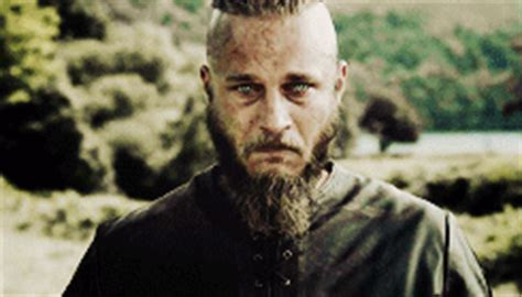 my gifs g vikings ragnar lothbrok vikingsedit bjorn 1k my gifs my stuff i love you so much don t look at me