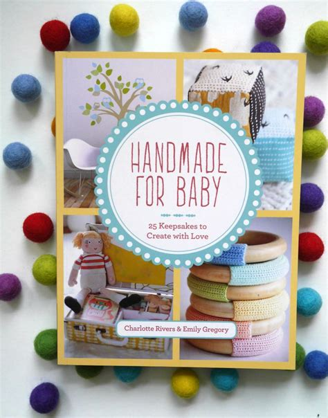 Handmade Baby Book Ideas - how to make an easy felt garland a baby on board