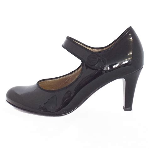 gabor shoes atwell shoe in black patent mozimo