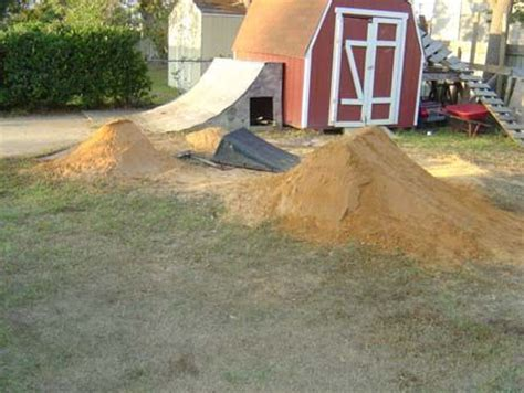 backyard bmx dirt jumps 39 best images about backyard dirt bike track on pinterest