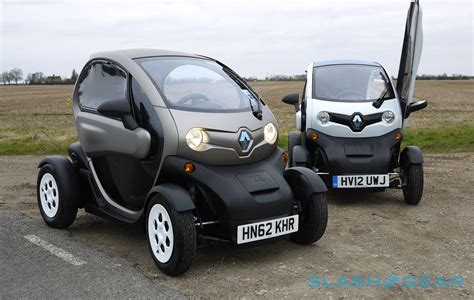 renault america renault twizy we drive the bonkers moon buggy ev slashgear