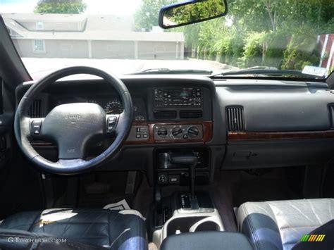 Jeep 1996 Interior by 1996 White Jeep Grand Laredo 4x4 50085669