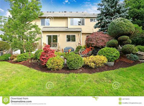 mapa de la casa de co casa o jardim e gramado tropicais do quintal foto de