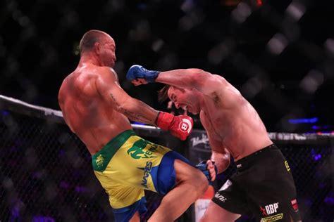 Rage Vs Sonnen Fight Bellator Nyc Results Chael Sonnen Shuts Out Wanderlei Silva On Scorecards