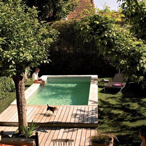 piscine pour petit jardin piscine dans un petit jardin id 233 es et inspirations clemaroundthecorner
