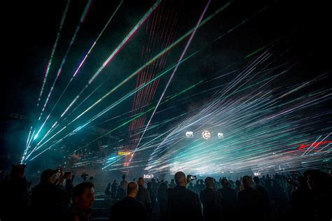 Er Productions Sets Guinness World Record For Largest Light Show