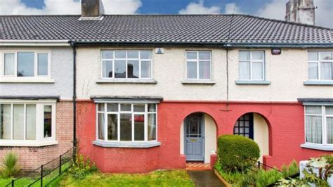 what has sold for 400k in rialto dundrum and dublin 4