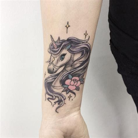 imagenes de tatuajes de unicornios 25 tatuajes de unicornios que querr 225 s hacerte hoy mismo