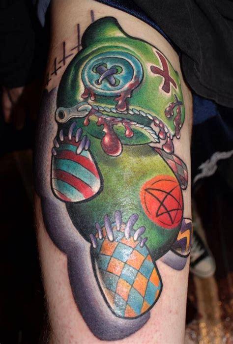 new skool tattoo ewell new school tattoo new skool tats pinterest
