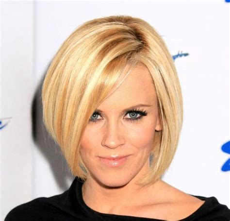 jenny mccarthy long angled bob hairstyle best 25 jenny mccarthy bob ideas on pinterest a medium