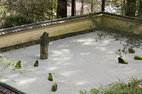 Japanese Rock Garden History What Are The Different Types Of Zen Gardens With Pictures