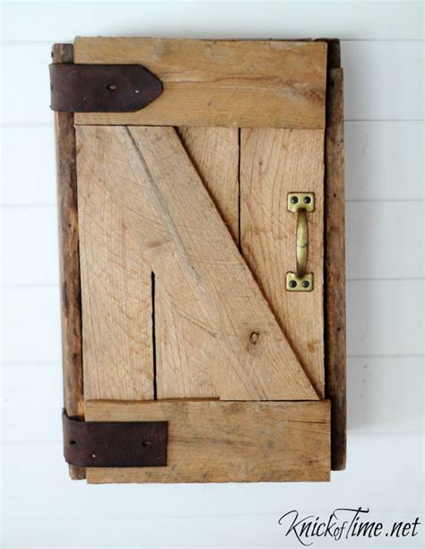 Barn Door Cabinets Diy Barn Door Wall Cabinet Via Knickoftime Net