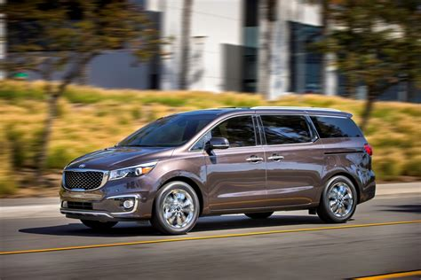 The New Kia Sedona Kia Launches New Minivan 2015 Sedona Changes Specs