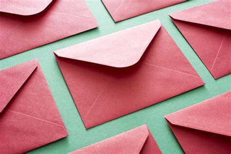 photo  red festive envelope background  christmas images