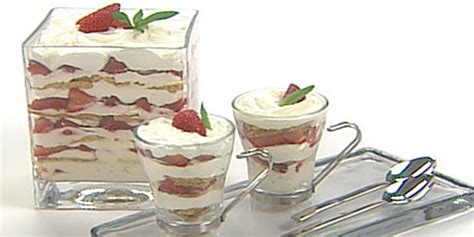red white and blue trifle recipe sandra lee food network hgtv food network recipe for trifle 7000 recipes