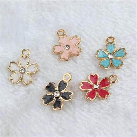 100pcs lot drop zinc alloy colourful charm pendants gold color floating enamel