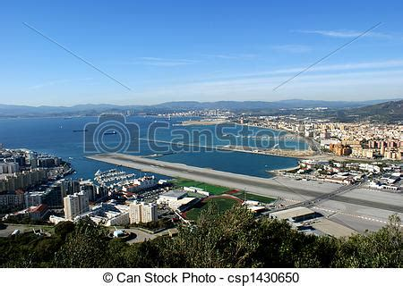 bancos en gibraltar banco de fotografia de pista decolagem gibraltar vista