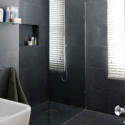black tile bathroom ideas bathrooms with black tiles on pinterest black bathrooms