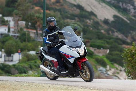 Honda Motorr Der 750 Ccm by Honda Integra 750 Erstarkter Motorrad Roller Zwitter