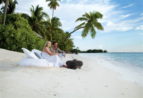 Couples Island Getaway Fabulous Island Getaway For Couples Desroches Island