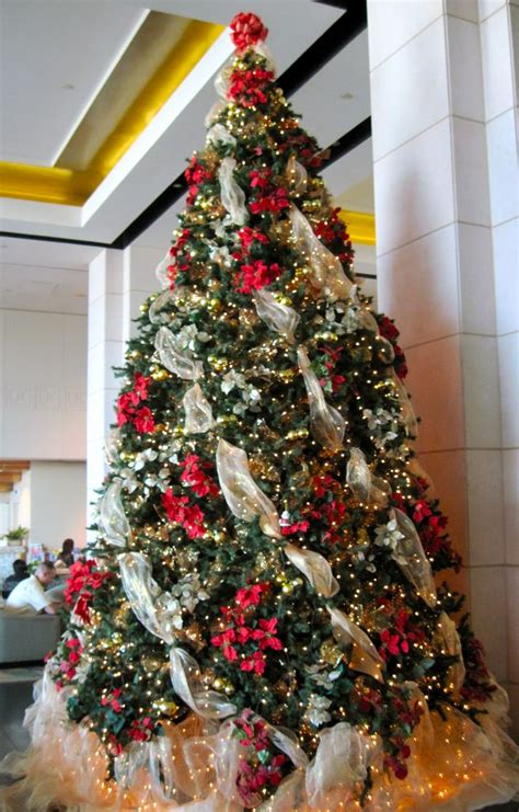 how to put vertical ribbon on christmas tree i the lit white tulle underneath the tree recipe favorites
