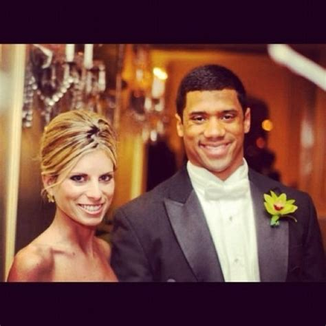 Ashton Meme - russell wilson divorce settlement