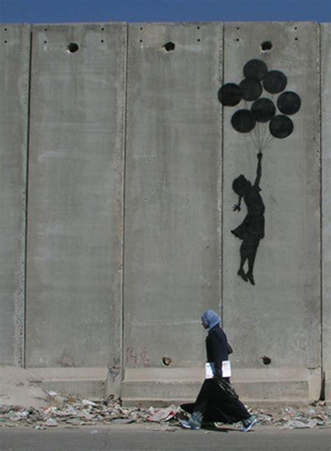 banksy ballon girl  gaza wall street art banksy