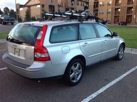 find   volvo   wagon  door   denver colorado united states