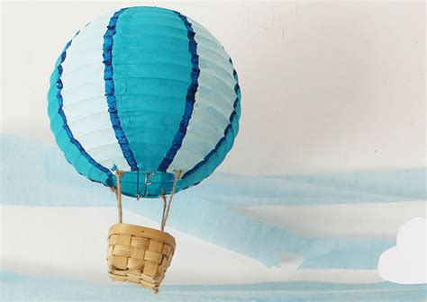 How To Make Paper Air Balloon Lantern - now that s pretty diy air balloon lanterns