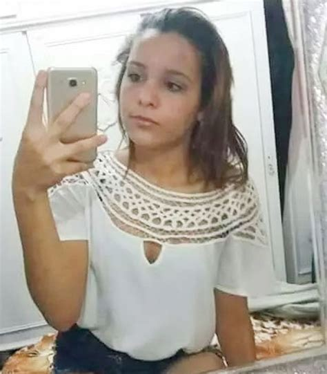 nude15 year old 15 yr old commits suicide after ex boyfriend spread