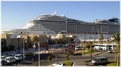 porto tunisi nave da crociera nel porto di tunisi dago fotogallery