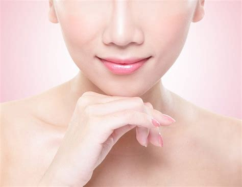 memerahkan bibir secara alami alodokter