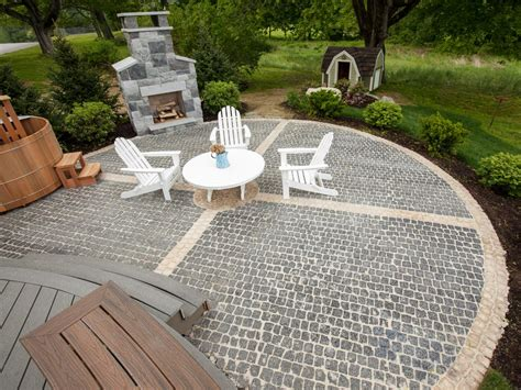 Patio Designs Diy How To Install A Cobblestone System How Tos Diy