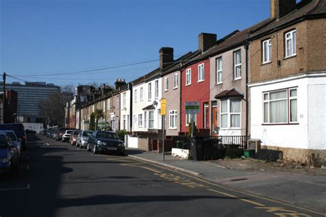 houses to buy in croydon top tips for renting a house in croydon