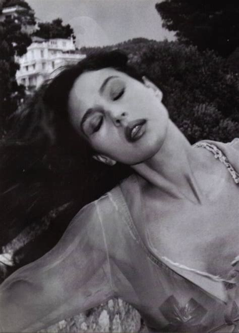 monica bellucci helmut newton 320 best monica bellucci from all sides images on