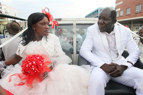 Mr Ugly in Mock Wedding with Wife   Arabia Weddings