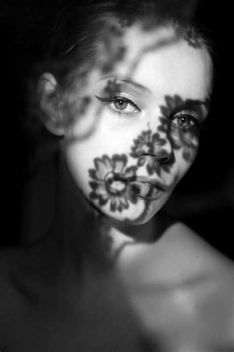 pattern portrait photography 60 stunning hard shadow photos half shadow half light
