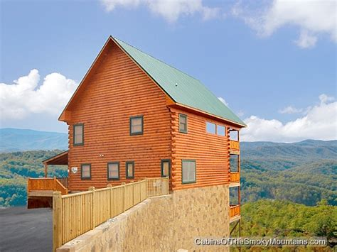 pigeon forge cabin mt leconte view from