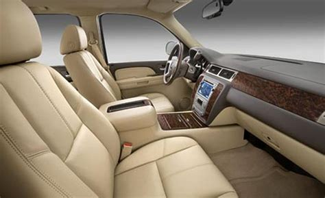 2007 Gmc Interior by Car And Driver