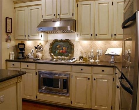 Country Kitchen Cabinet Colors Beautiful Country Kitchen Cabinets Paint Colors Idea Home Design