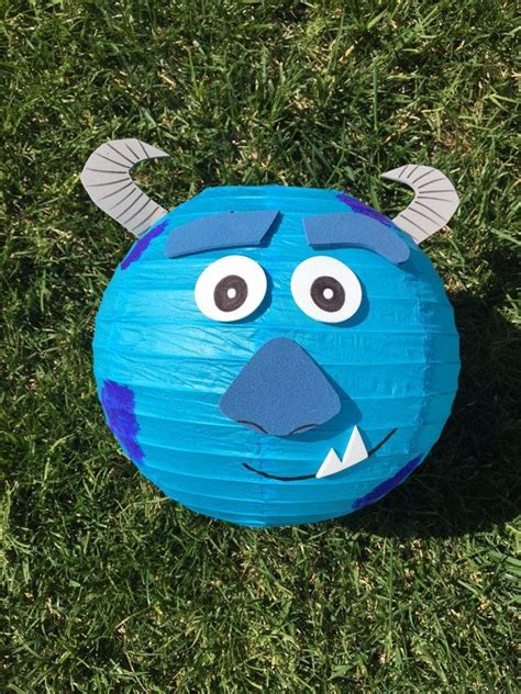 te ensenamos a hacer tu propia pinata de mike wazowski monsters inc as 25 melhores ideias de monsters inc mike no pinterest
