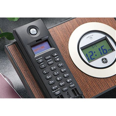 ge 174 2 4 ghz designer cordless phone 166383 at sportsman