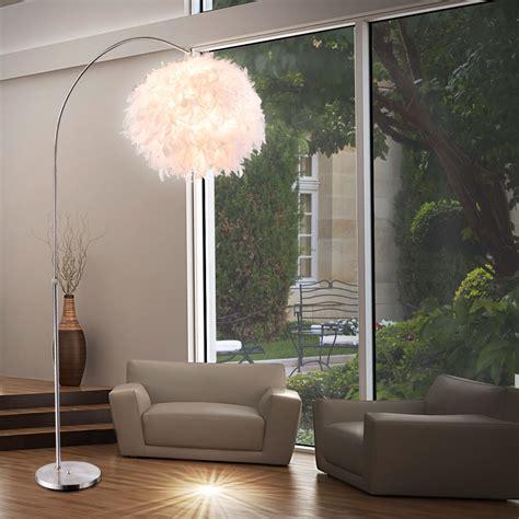 kugelle wohnzimmer design stehleuchte mit wei 223 em lenschirm aus federn